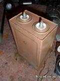 К75-28 100мкф 3кВ, до 2кА в импульсе.