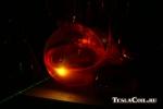 Луч зелёного лазера в родамине