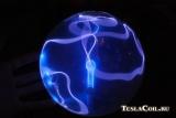 Синий плазменный шар с ксеноном