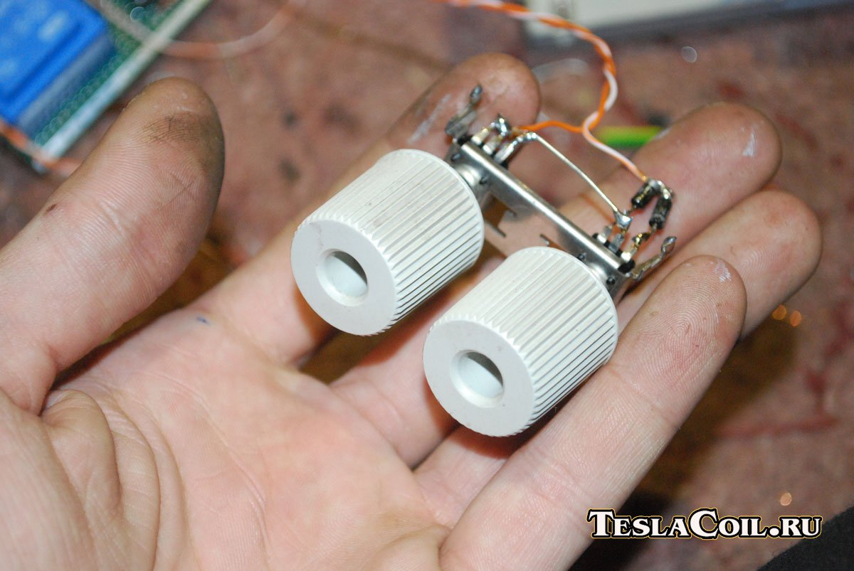 трансформатор тесла на транзисторе кт805