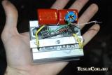Полумостовой транзисторный трансформатор Тесла